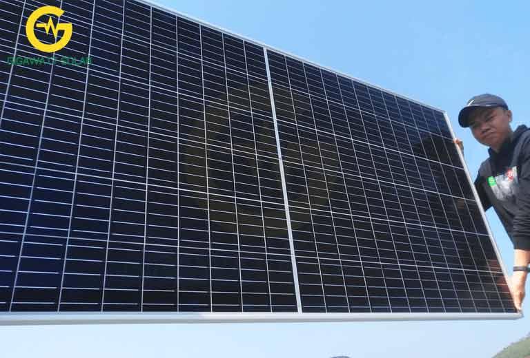 tấm pin năng lượng mặt trời 400w HT-SAAE
