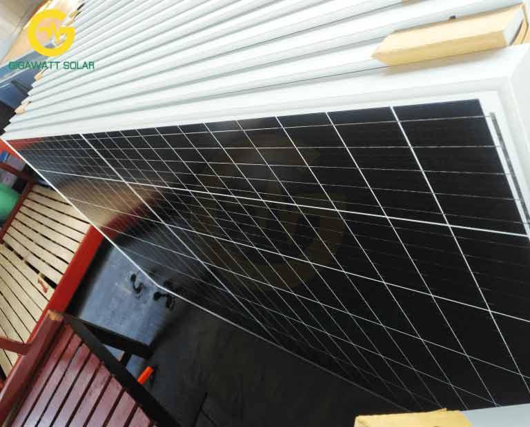 tấm pin năng lượng mặt trời 400w mono halfcell HT-SAAE